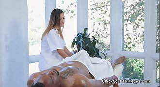 Latina masseuse packed with BBC